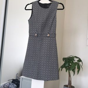 Adorable black and grey print dress